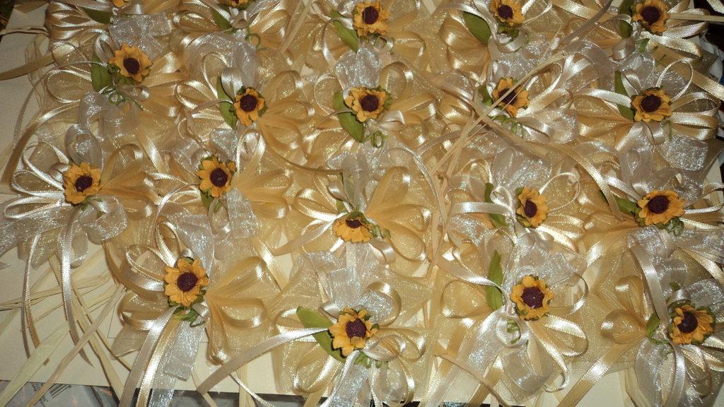 segnaposto ristorante papillon in tulle varie decorazioni e colori CON CONFETTI
