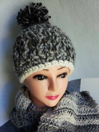BERRETTO in misto lana Bianco/nero/grigio
