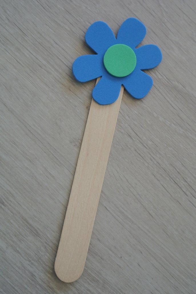 Segnalibro fiore azzurro