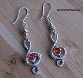 Orecchini wire nota musicale chiave di violino e cristallo rosso
