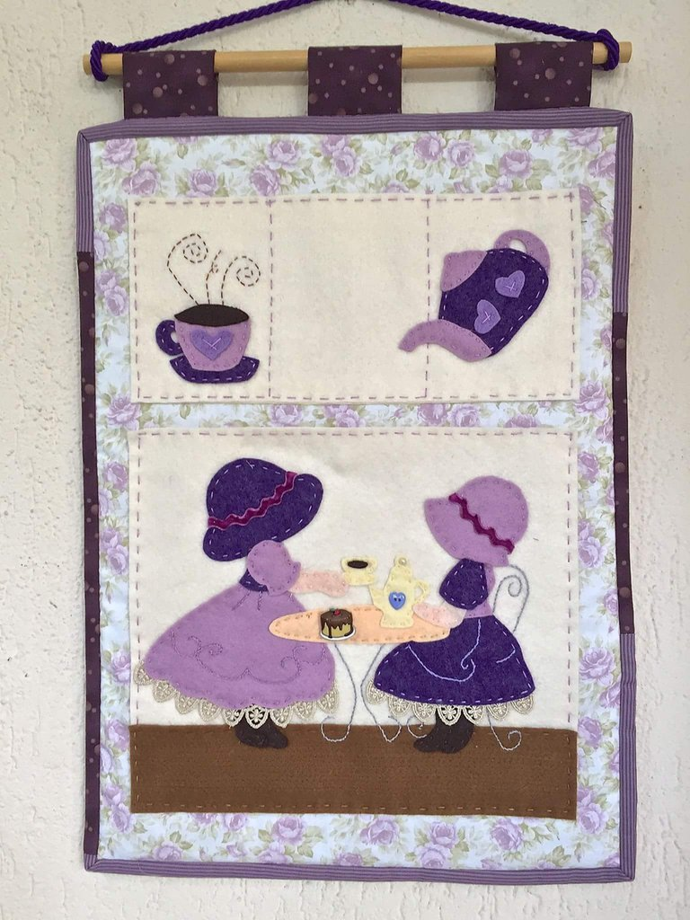 Pannello porta posta Tea Time con Sue Sunbonnet
