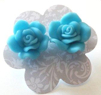 Orecchini rose in fimo colore azzurro idea regalo Natale per lei