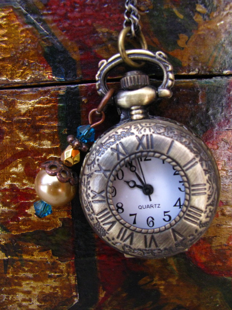 Victorian Style Pocket Watch Locket Necklace with Agate stone