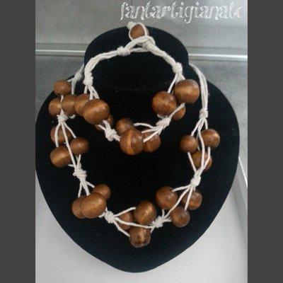 collana con corda e perle