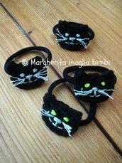 Elastico capelli - braccialetto con gatto nero all'uncinetto fatto a mano