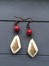 Orecchini Rombi con perle in vetro