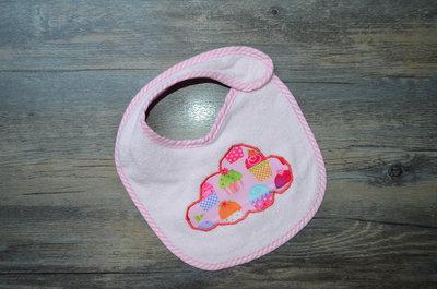 Bavaglino neonata con nuvola dolce