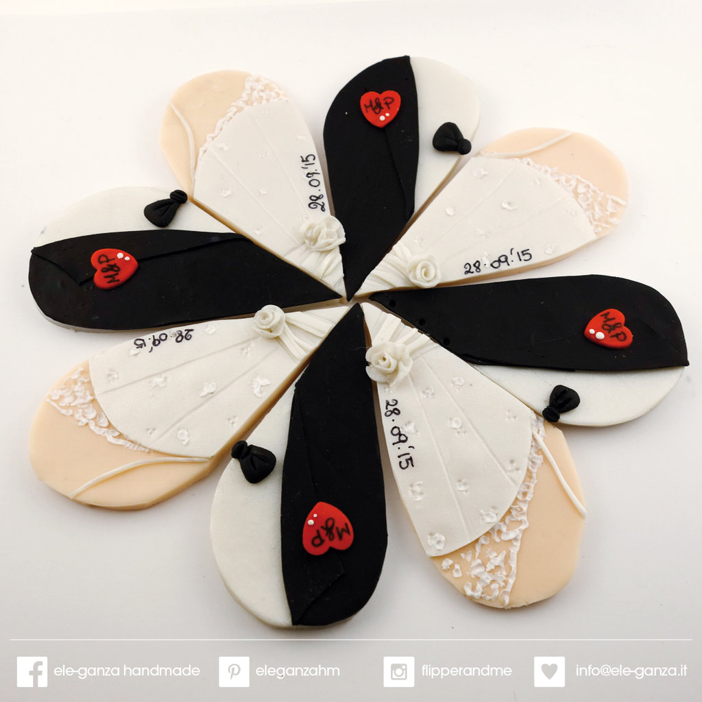 Bomboniera segnaposto cuore vestiti matrimonio