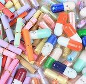 Lotto 10 Capsule pillole bottiglie bottigliette creative fimo con messaggio