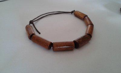 Bracciale unisex di perle in legno