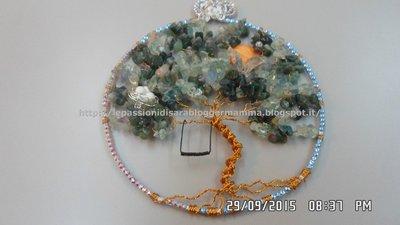 Quadretto albero della vita wire realizzato  con chips di fluorite e decorato con strass SW.