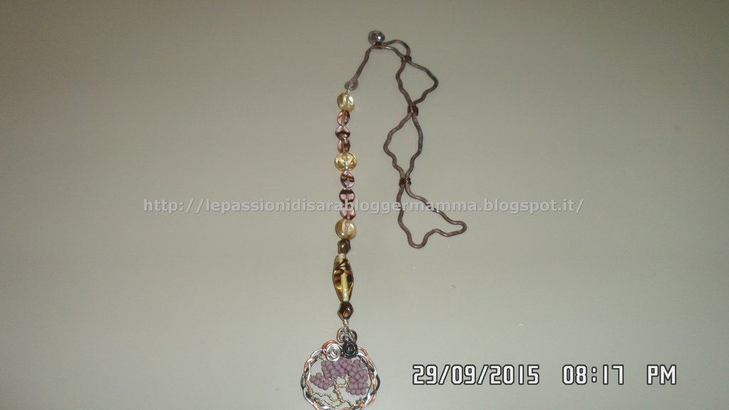Segnalibro wire con pendente albero della vita e perline in vetro