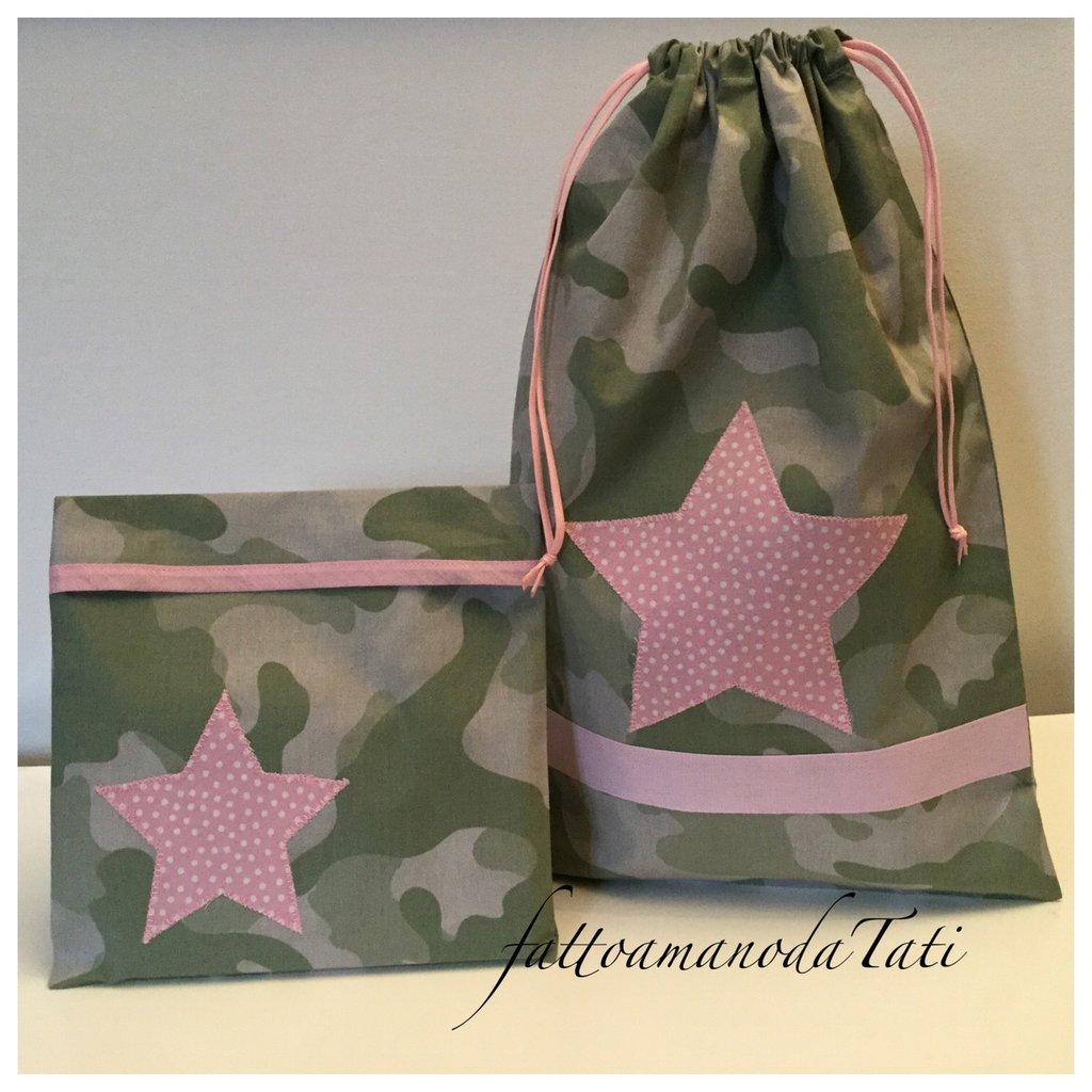 Sacchetto asilo in cotone camouflage verde con stella rosa e busta coordinata