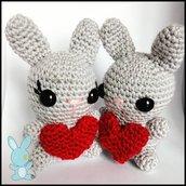 Coppia Coniglietti innamorati