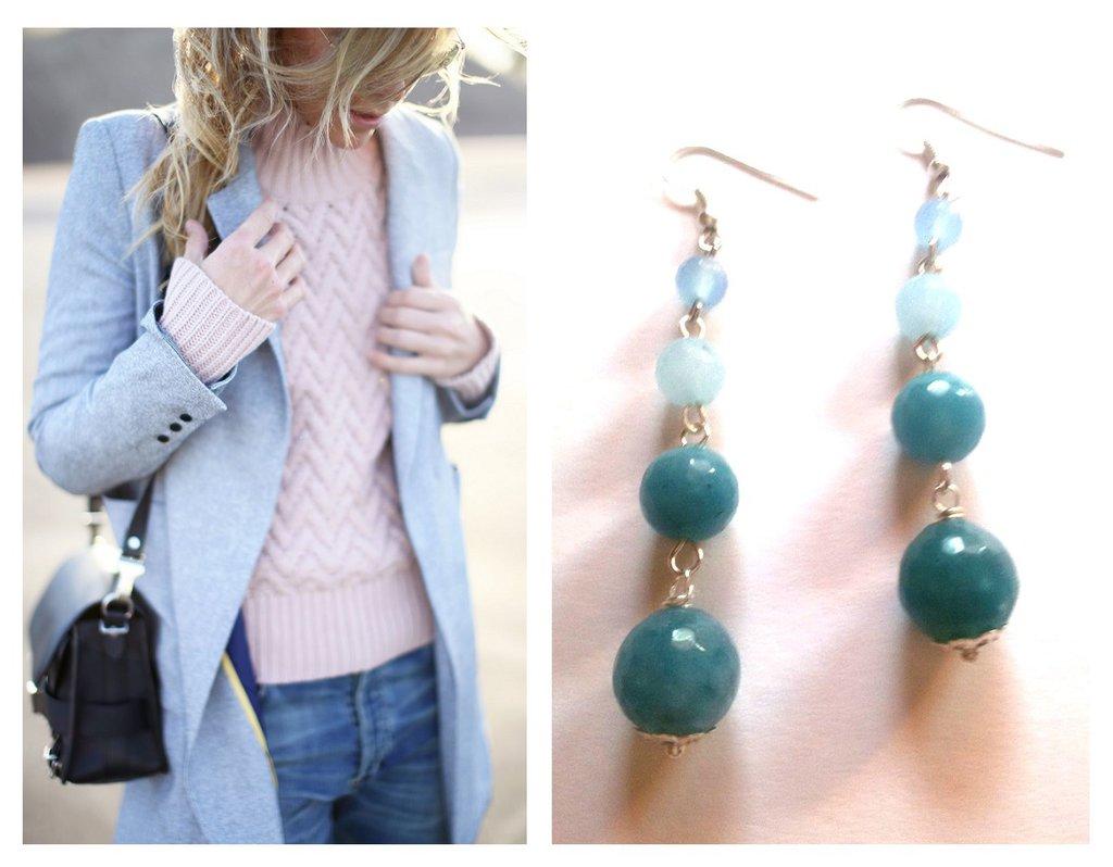 """Orecchini """"Graduate blue"""" con agata azzurra/blu"""