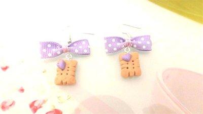 PAIO ORECCHINI FIMO  - BISCOTTINI con fiocchetto lilla - dimensione rettangolare  - stile kawaii - idea regalo
