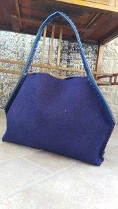 Borsa in lana cotta blu elettrico modello Stella
