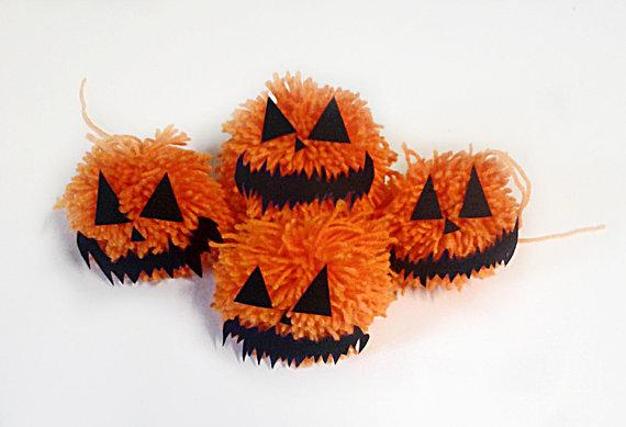 Zucche di Halloween peluches decorazione di lana da appendere, realizzate interamente a mano