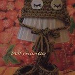 Berretto cappello gufo con scarpine in lana all'uncinetto