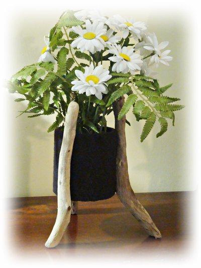 IN-SOLITO porta vaso con legni di mare