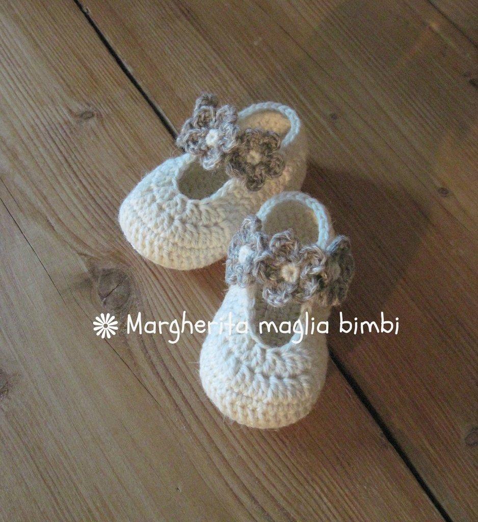 Scarpine ballerine con laccetto e fiori fatte mano - lana/alpaca - uncinetto