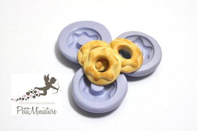 Stampo 3D Silicone flessibile 2cm Ciambella Americana in miniatura Kawaii dolci stampo Fimo gioielli Charms ST199