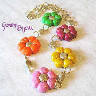 Collana fiori colorati in fimo