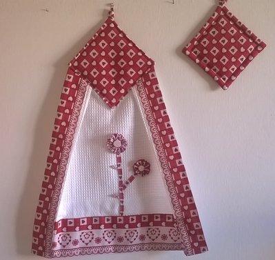 strofinaccio con presina, canovaccio con presina, cuori rossi, regalo natale, decorazione per la cucina, regalo per la mamma
