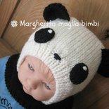 Berretto panda in pura lana merino superwash fatto a mano taglia 1 anno