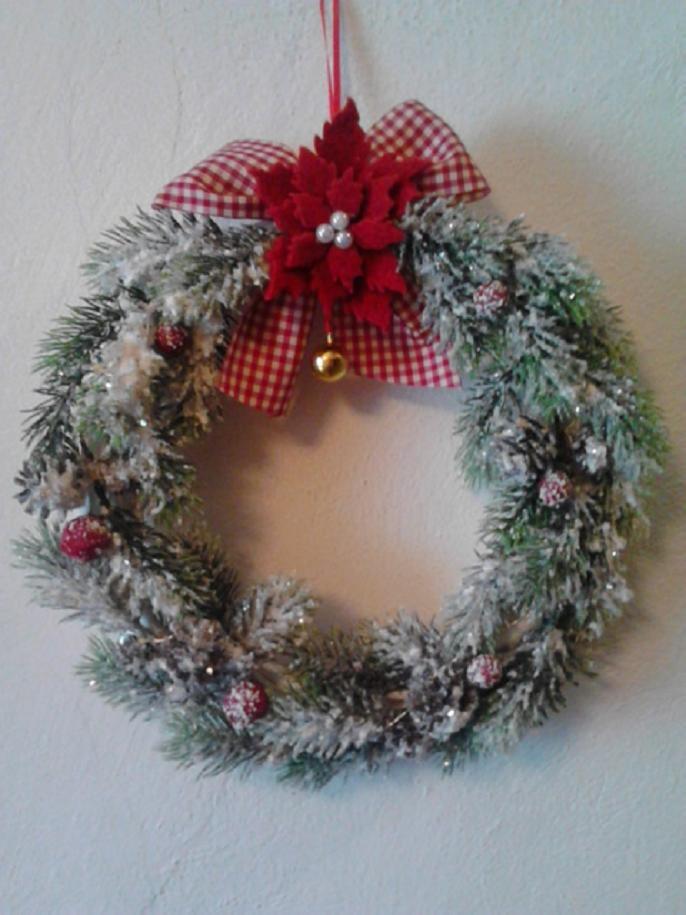Ghirlanda natalizia fuoriporta con stella di natale con - Ghirlanda di natale per porta ...