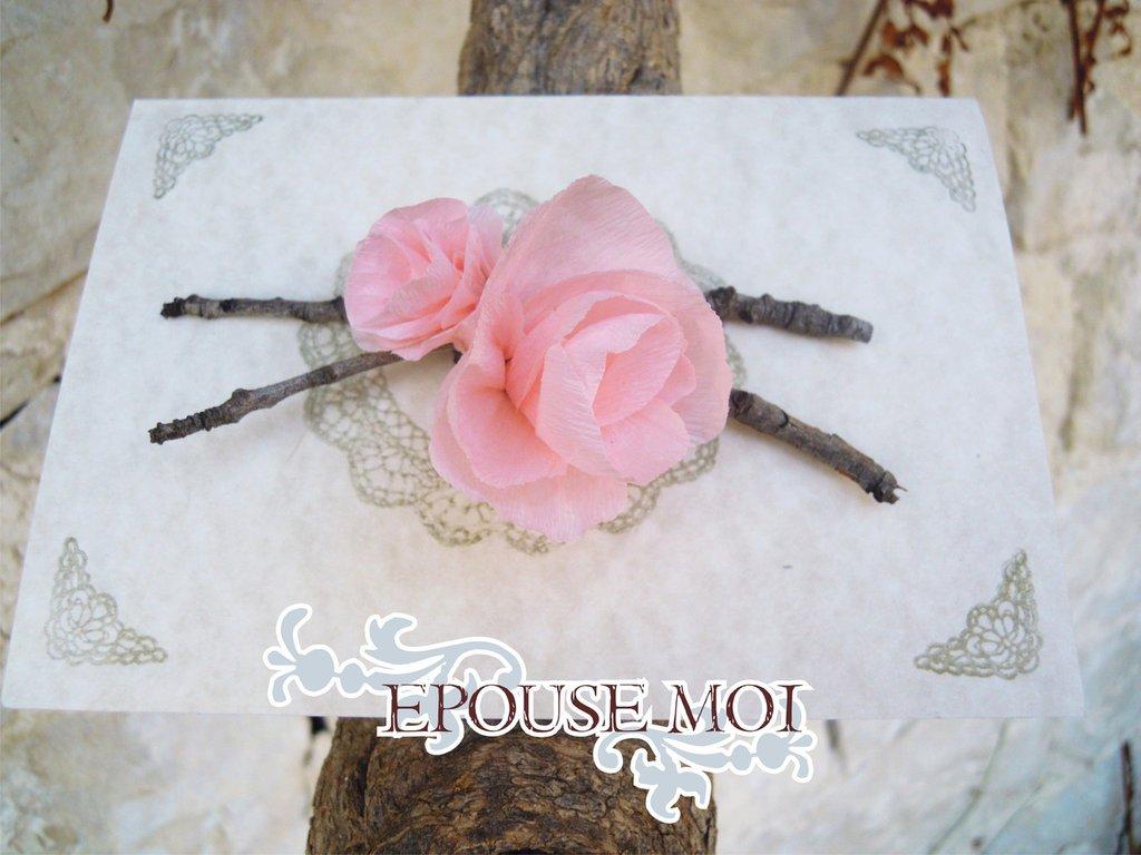 partecipazione romantica con fiore fatto a mano