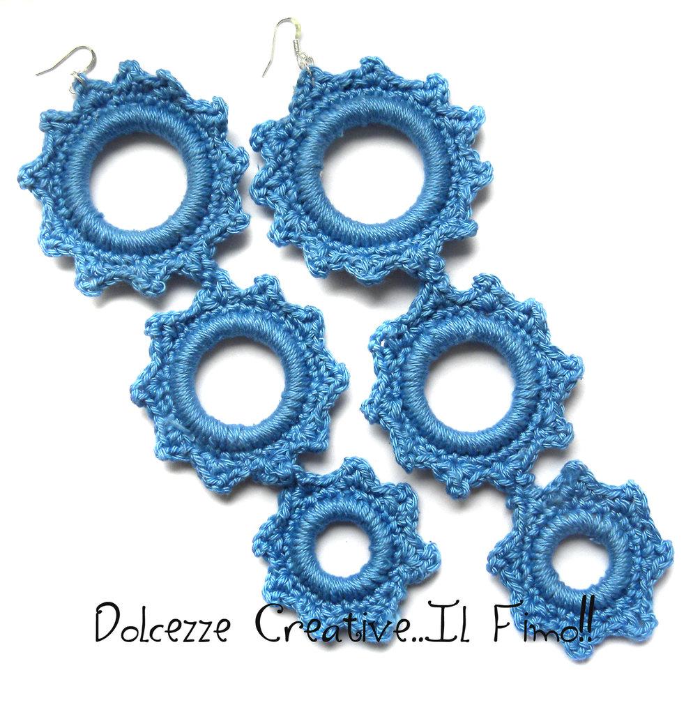 MAXI Orecchini Uncinetto Blu chiaro di cotone. Triplo cerchio