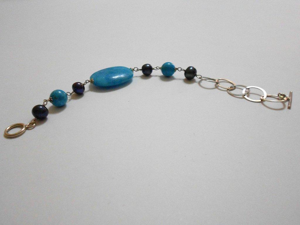 Bracciale in azzurrite e perle