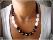Collana con Perle Nero/Bianco e biconi in cristallo - Stile Classico