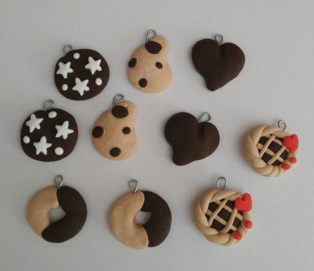 Lotto 10 ciondoli fimo misti Nutella Pan di Stelle Crostatina come da foto charms handmade
