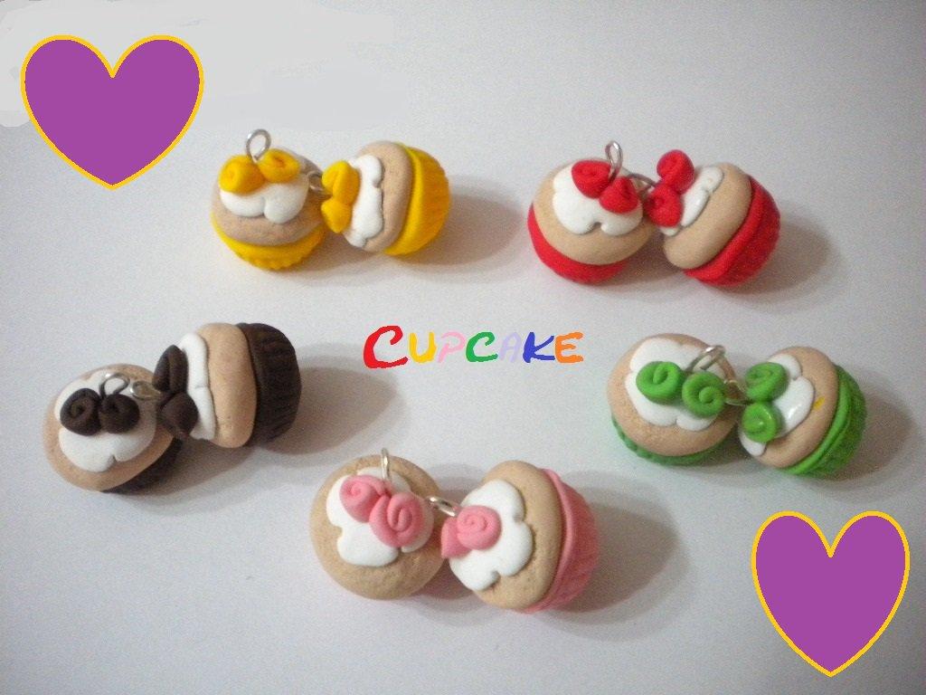 Lotto 10 ciondoli fimo Cupcake charms handmade