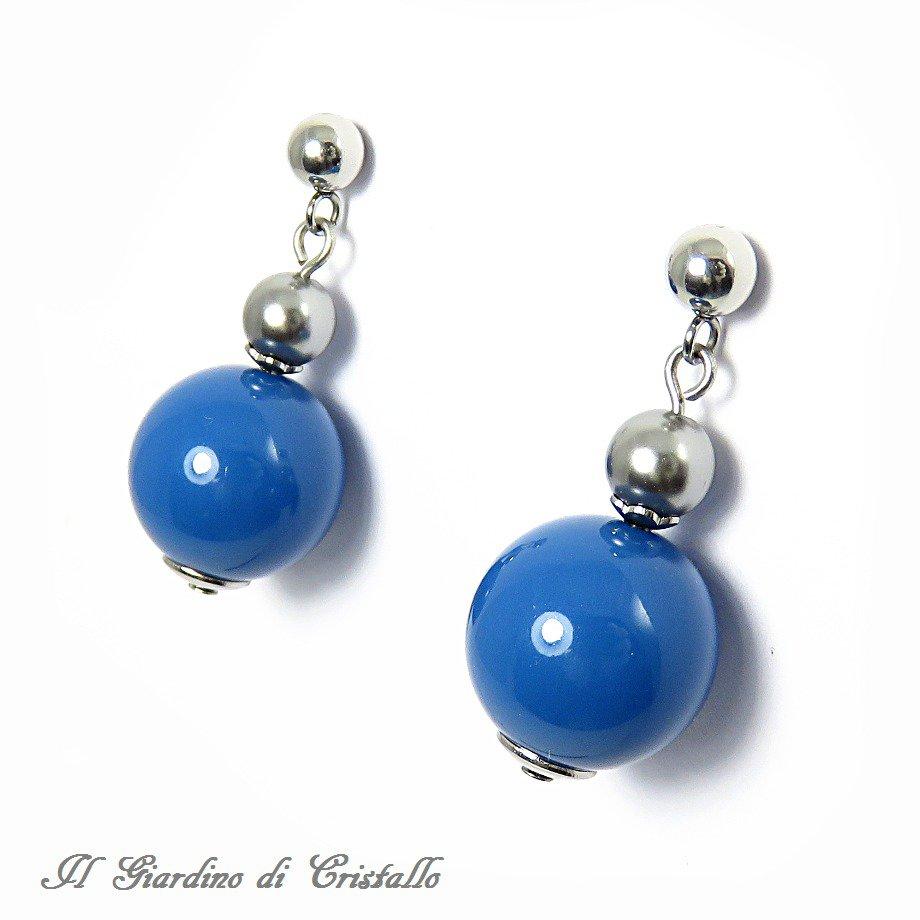 Orecchini pendenti con perle Swarovski grandi blu lapis e grigie fatti a mano - Achillea