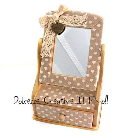 Mini Portagioie - Con cassetto e Specchio - Shabby stile, con nastri e charms