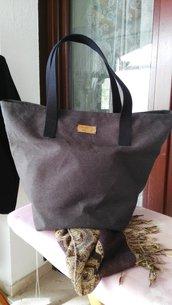 Tote Bag in tessuto  perfetta per il tempo libero