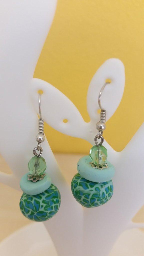 Orecchini perle in fimo toni verdi