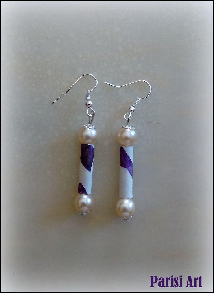 Orecchini pendenti fatti a mano con doppia perla e carta