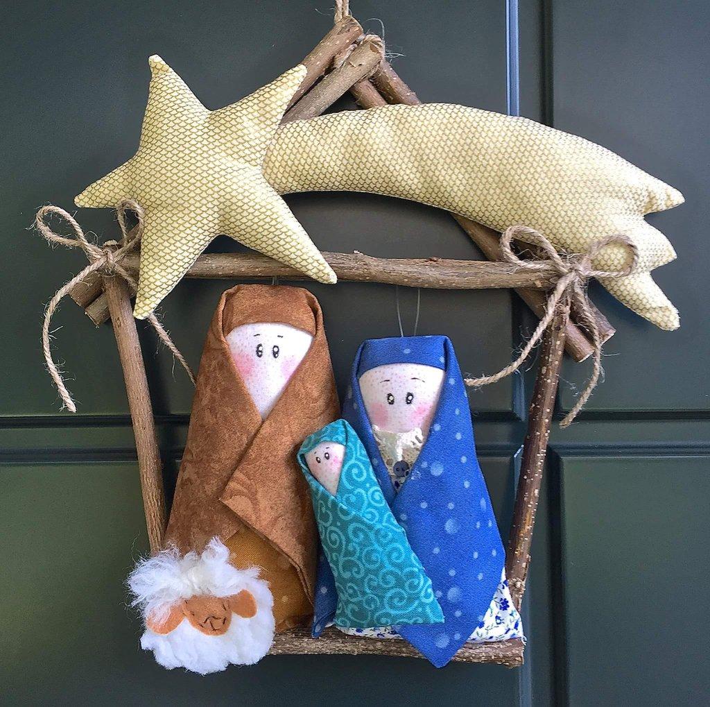 Natale - Ghirlanda casetta di legno con Presepe - Feste - Natale ...