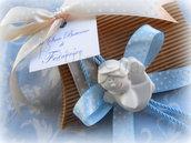 Bomboniera fatta a mano scatola  confezionata con appendi-porta angioletto profumato