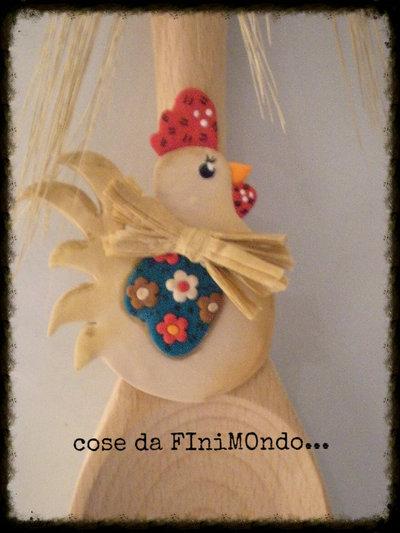 Cucchiarelle di legno decorate