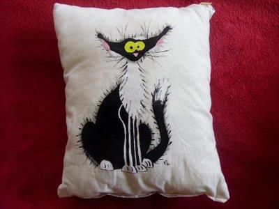 """cuscino dipinto """"gatto schizzato"""""""