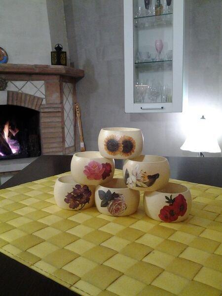 Cake Design Via Tuscolana : *Portatovaglioli ad anello con fiori* - Per la casa e per ...