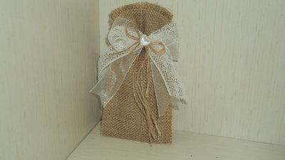 sacchetti confetti segnaposto ricordini in juta grezza personalizzabili