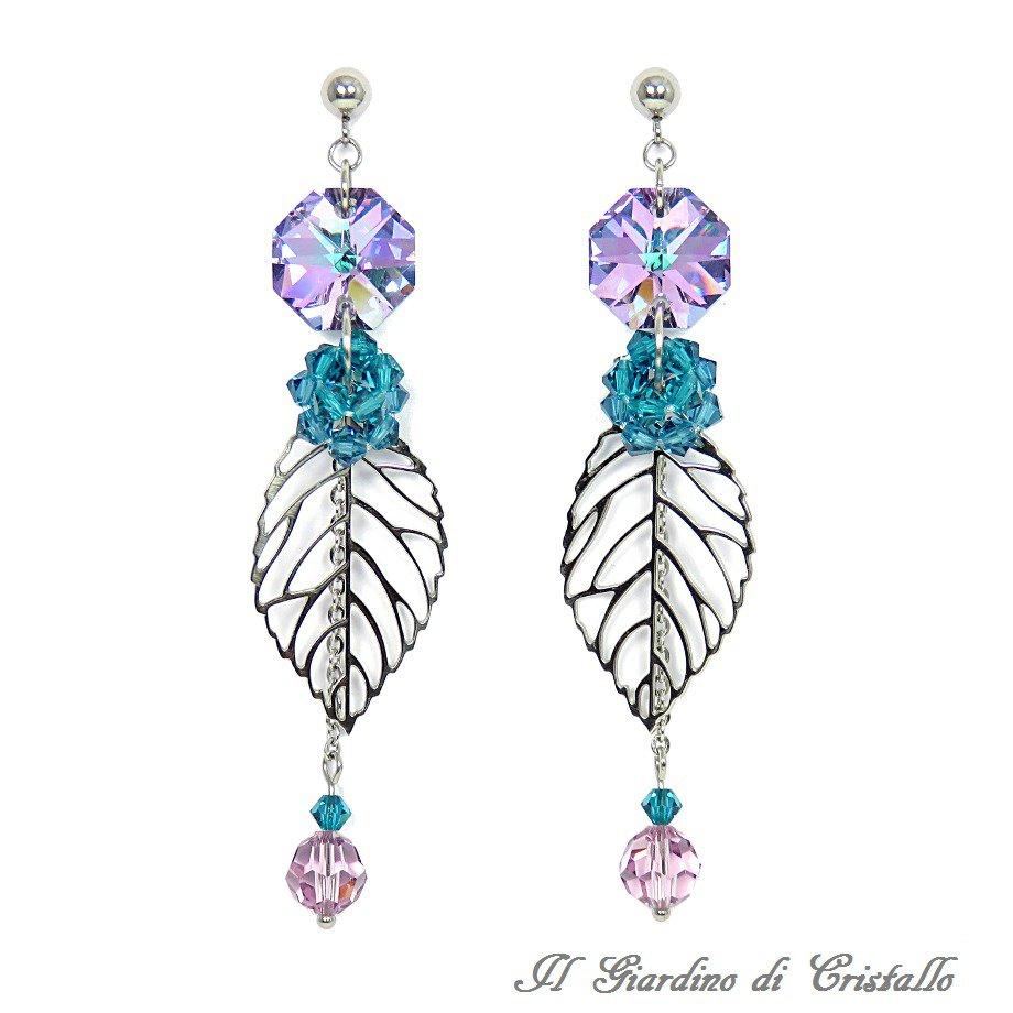 Orecchini lunghi con foglia in acciaio cristalli viola e Swarovski blu fatti a mano - Lilium