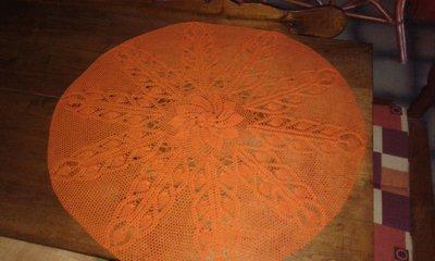 Centro grande uncinetto lavorato  a mano color arancio