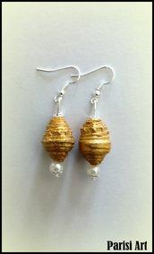 Orecchini pendenti misto perle e carta